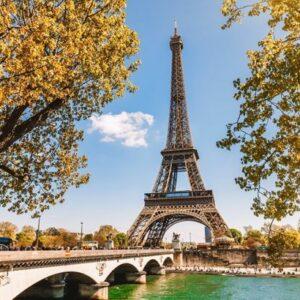 Paris'te 3 Gece 4 Yıldızlı Otelde Kişi Başı Oda Kahvaltı Konaklama