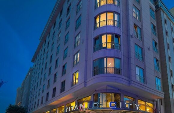 Titanic City Taksim Hotel